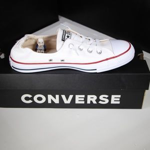 Converse White Shoreline Slip On Low tops